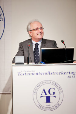 Laudator: Dr. K. Jan Schiffer